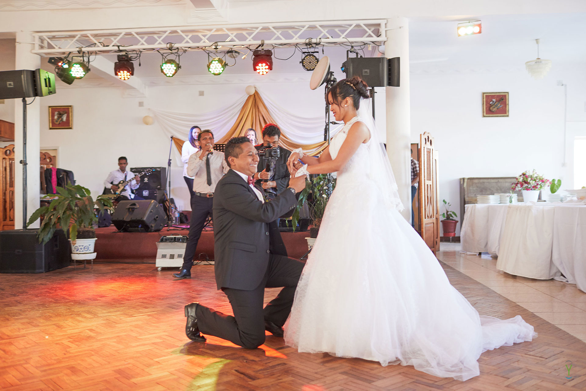 0443_Mariage_Mbola_Hoby_18-09-22